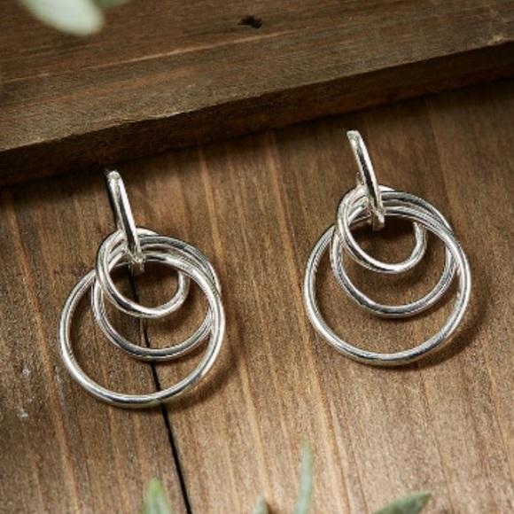 MONDEVIO Jewelry - STERLING SILVER EARRINGS